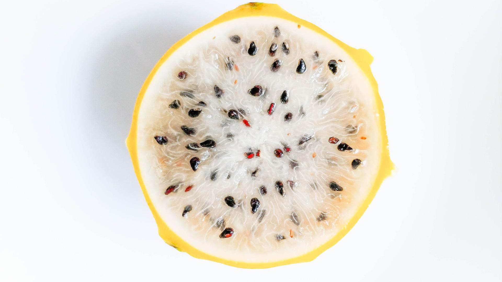 Imagen correspondiente al post pitaya amarilla: la fruta que enamoró a La Vida Moderna OML de Frutas Olivar