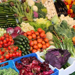 venta de frutas y verduras en el mercado