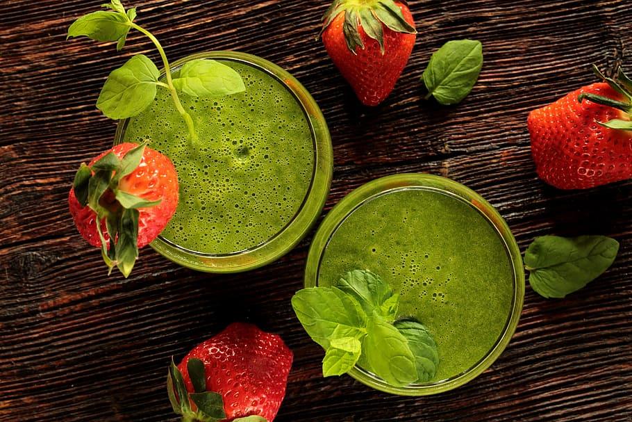 receta smoothie de brocoli y fresas